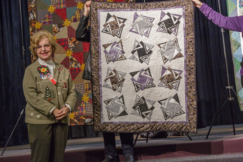 20141208quilt-meeting-canon-eos-5d-mark-iiief28-300mm-f-3-5-5-6l-is-usm0171-36