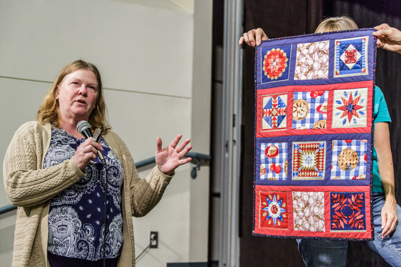 20151109quilt-meeting-canon-eos-5d-mark-iiief28-300mm-f-3-5-5-6l-is-usm0212-38-edit
